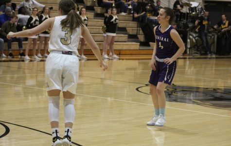 Lady Knights stomp Omaha Central 49-28