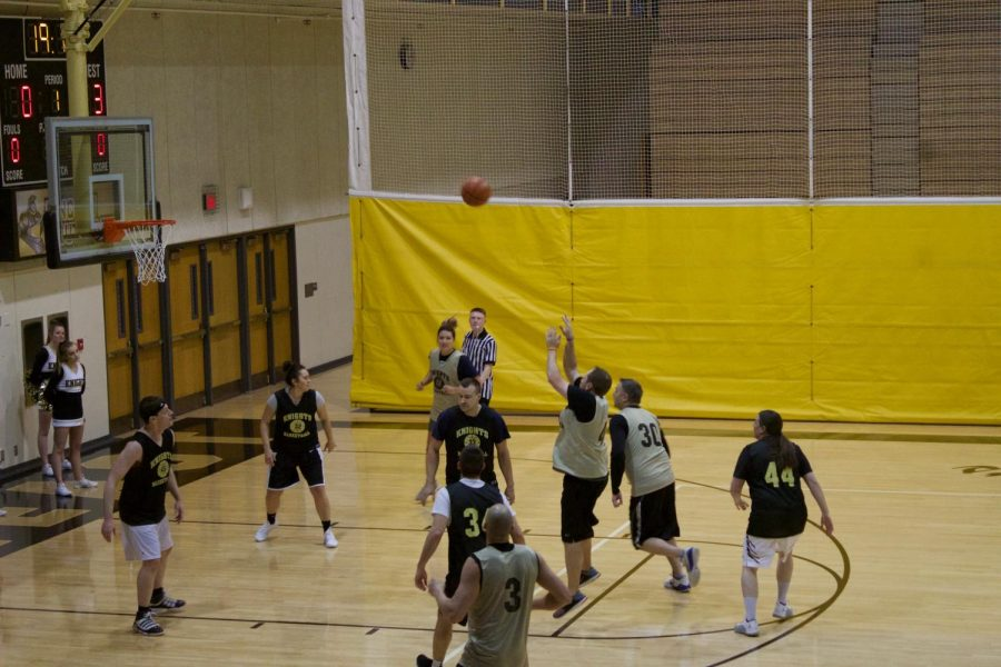 Dunks for Dollars event raises money for LSE Special Olympics