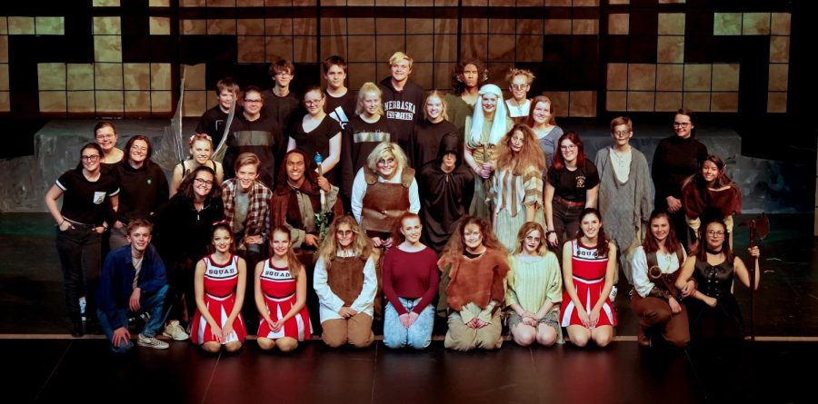 Photo+taken+by+Steve+Cobb.+Entire+cast+and+crew+posing+together+for+a+group+picture+after+the+last+dress+rehearsal.
