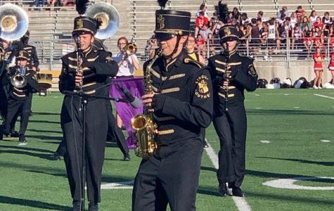 Senior Colton Harris wows crowd with sax solo