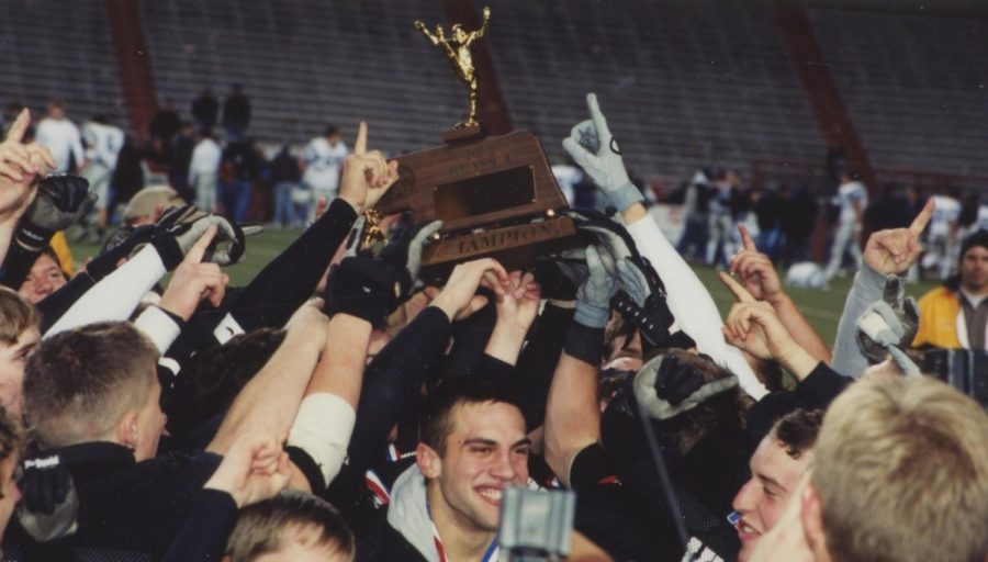 Southeast celebrates a state football title in 2002