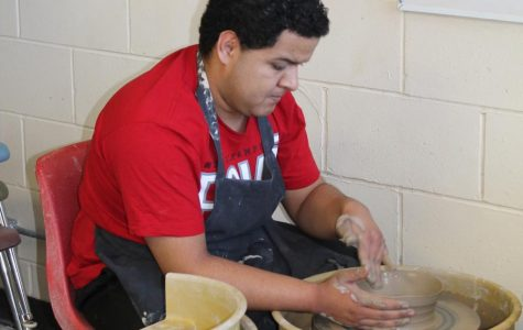 Empty Bowls Pottery Club seeks to give back to community through art