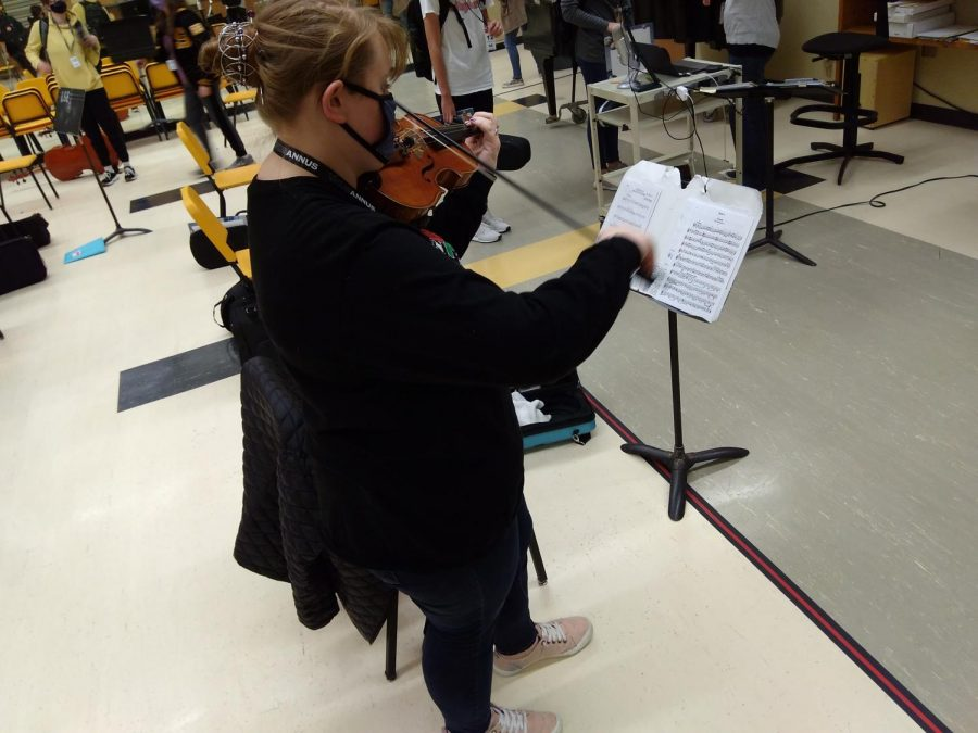 Morgan playing her orchestra piece.